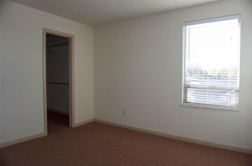 161 Sun Hawk upstairs bedroom