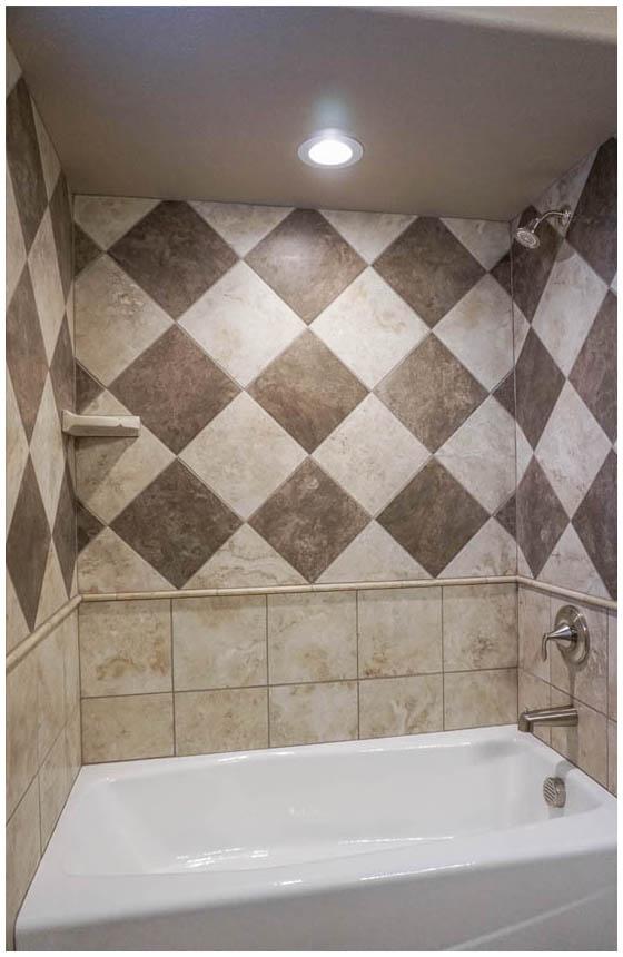 Bathroom Tile Design - Checkerboard