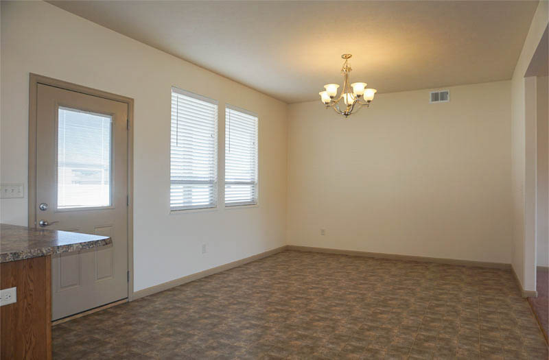 Large dining room in 169 Sun Hawk Drive