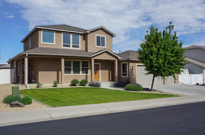 4 bed, 3 bath, 3-car garage home + RV Parking in Grand Junction