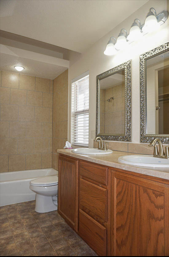 Master Bath of 169 Sun Hawk