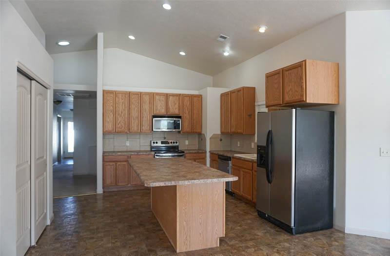 2992 Golden Hawk kitchen