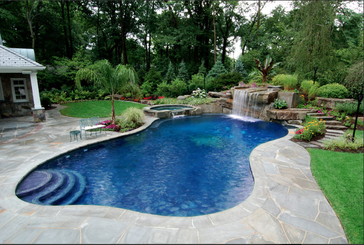 Backyard Pool by FloatProject.com