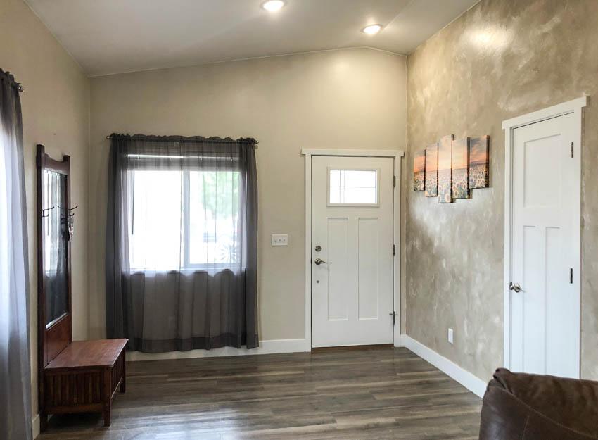 The entry vestibule of 2840 Kelso Mesa Drive