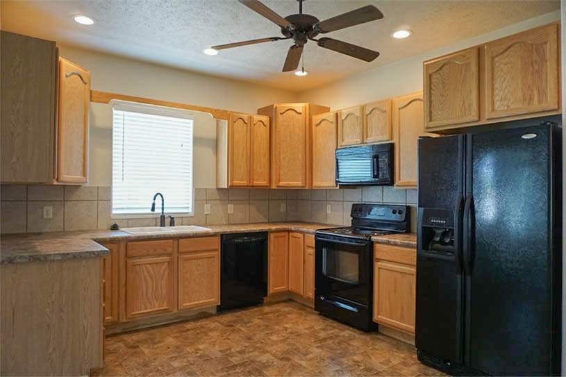 kitchen of 174 sun hawk